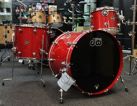 Drums: Dw Performance Series Candy Apple Lacquer