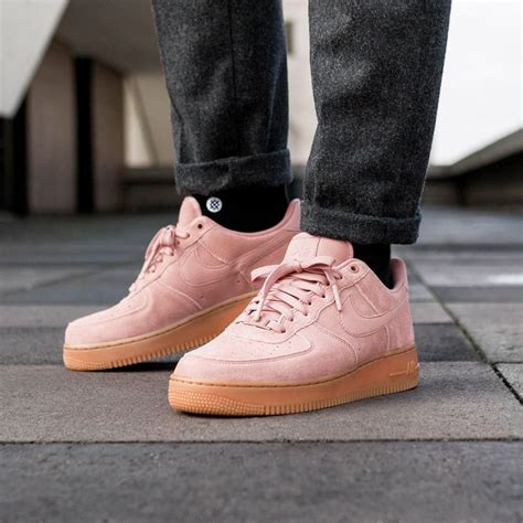 Nike Air Force 1 '07 LV8 Suede in Particle Pink / Particle