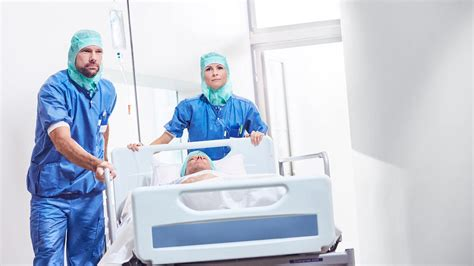 Preventing infections in surgical wounds | Mölnlycke