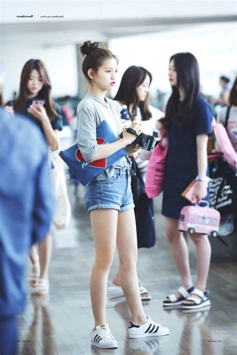 TOP 10 K-Pop Idols Voted With The Best Legs - Koreaboo
