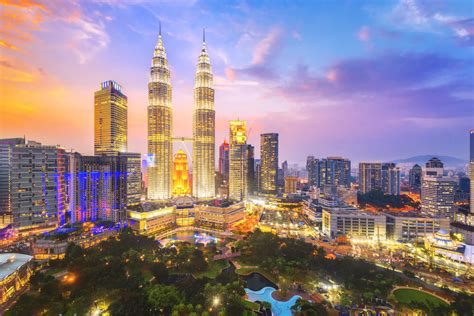 9 Kuala Lumpur Attractions All Tourists Must Visit